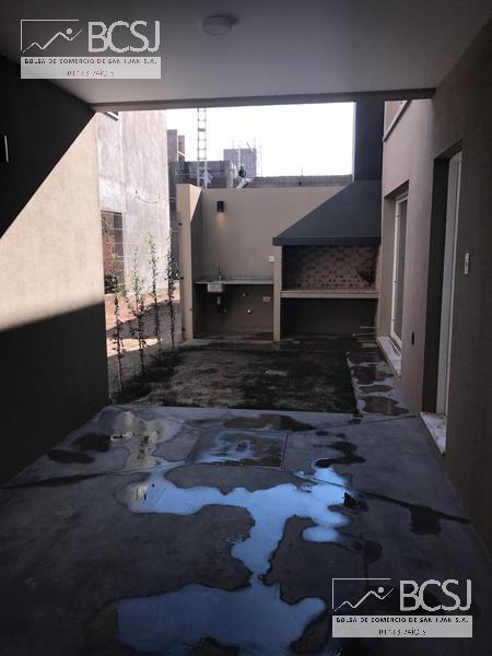 Foto Barrio Privado en Rivadavia Av. Ignacio de la Roza y R. Calivar número 46
