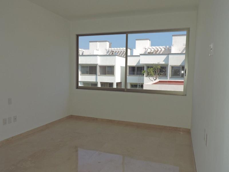 Foto Condominio en Fraccionamiento Burgos Bugambilias Calle Guerrero No. 6, Condo. Burgos Coyuca, Fracc. Burgos Bugambilias, Temixco, Morelos número 17