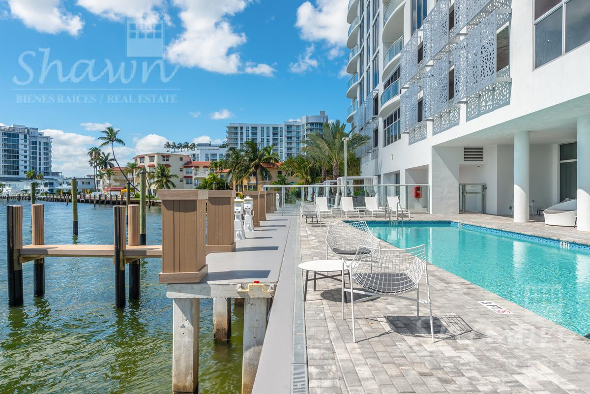Foto Condominio en Broward 321 At Water's Edge Fort Lauderdale, Florida, USA  número 2