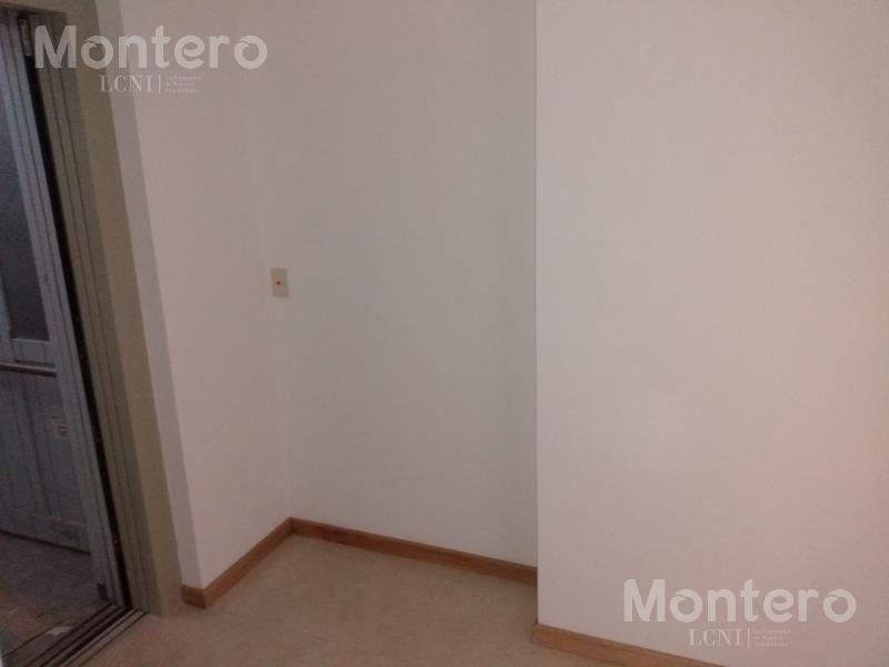 Foto Edificio en Caballito terrero y neuquen número 31