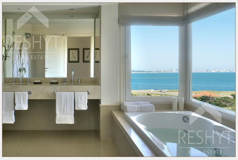 Foto Condominio en Playa Mansa PARADA 42 Y MEDIO DE LA MANSA - PUNTA DEL ESTE    número 13