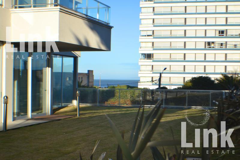 Foto Edificio en Playa Brava Uruguay Link número 18