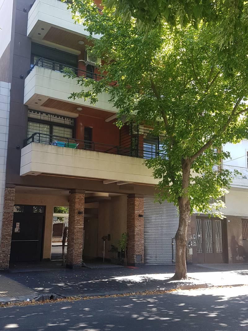 FotoDepartamento en Venta    en  Villa Luro ,  Capital Federal  Ramón Falcón al 5200