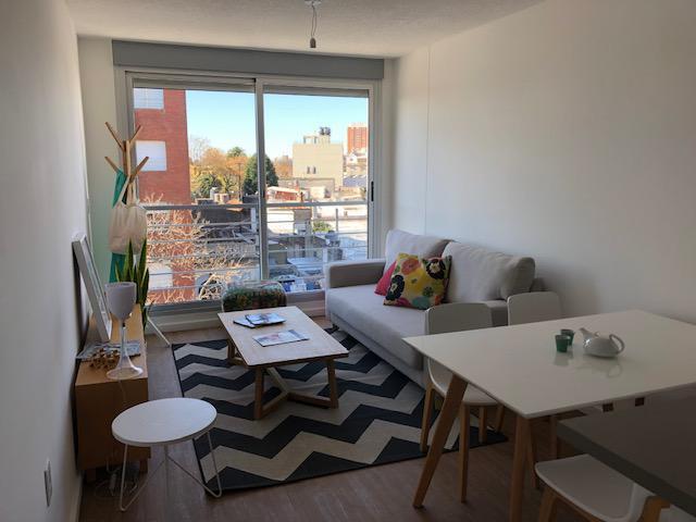 FotoDepartamento en Venta |  en  La Blanqueada ,  Montevideo  Monte Caseros y Carlos Anaya