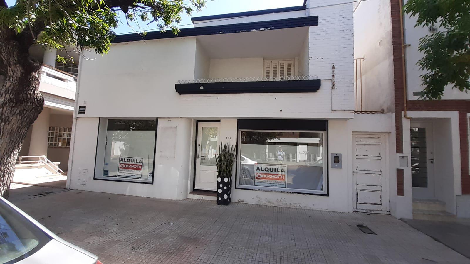 Saavedra n°258 - Gaggiotti Inmobiliaria cuenta con más de 50 años desde que se inicio en el negocio de los servicios inmobiliarios.