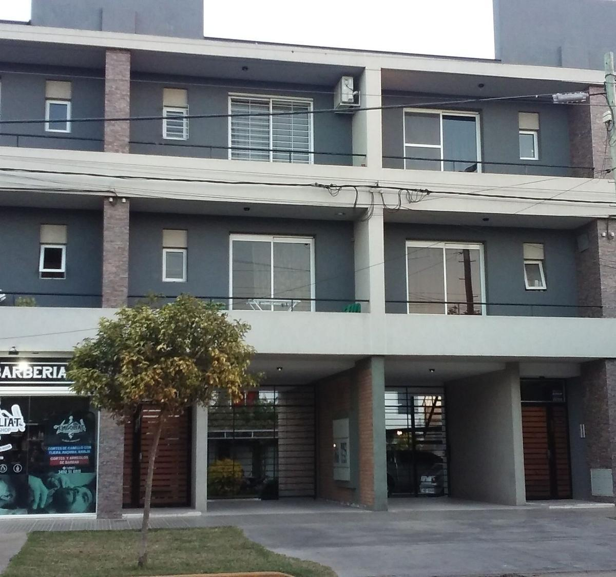 Av. Luis Fanti 823- 1º Piso - Dto. 6. (frente calle) - Gaggiotti Inmobiliaria cuenta con más de 50 años desde que se inicio en el negocio de los servicios inmobiliarios.