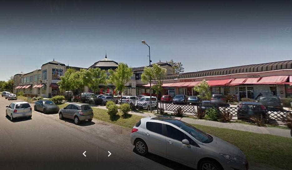 FotoLocal en Venta | Alquiler |  en  Guillermo E Hudson,  Berazategui  Huson Plaza Comercial, Local 52