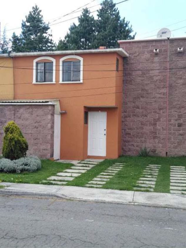 FotoCasa en condominio en Venta |  en  Toluca ,  Edo. de México  CASA EN VENTA EN REAL DEL BOSQUE, TOLUCA