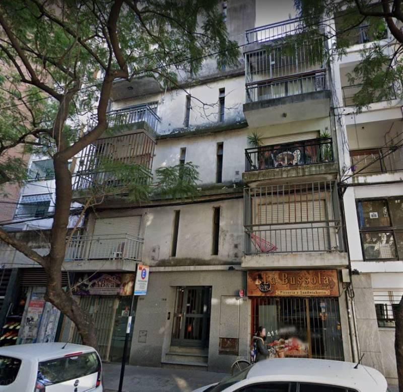 FotoDepartamento en Venta |  en  Centro,  Rosario  3 de Febrero  1316 Departamento 1 Dormitorio al Frente con Balcón y Patio Zona UTN