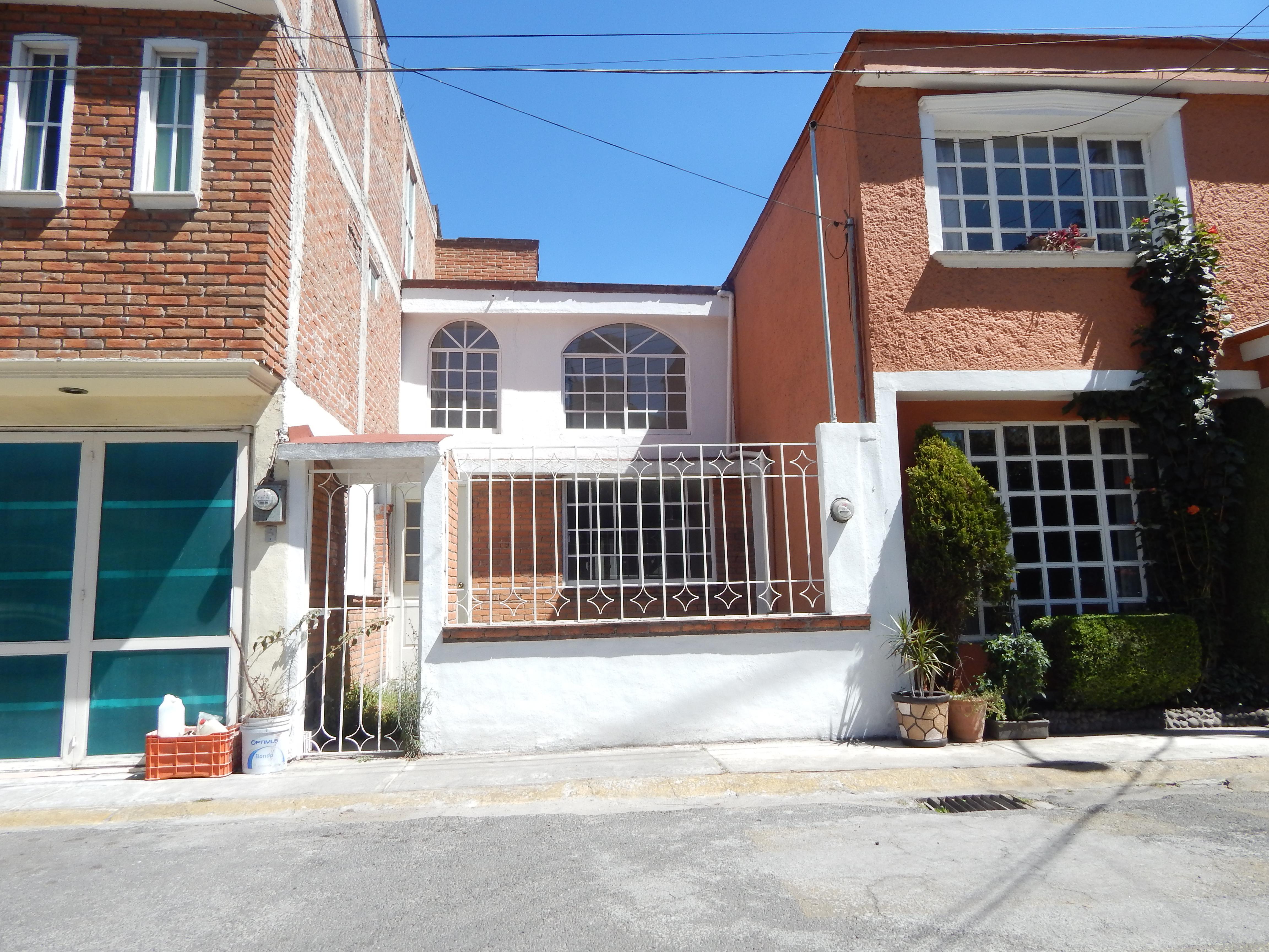 FotoCasa en condominio en Venta    en  Carlos Hank González,  Toluca  Casa en renta zona Fracc. Frayles  CABSH2246