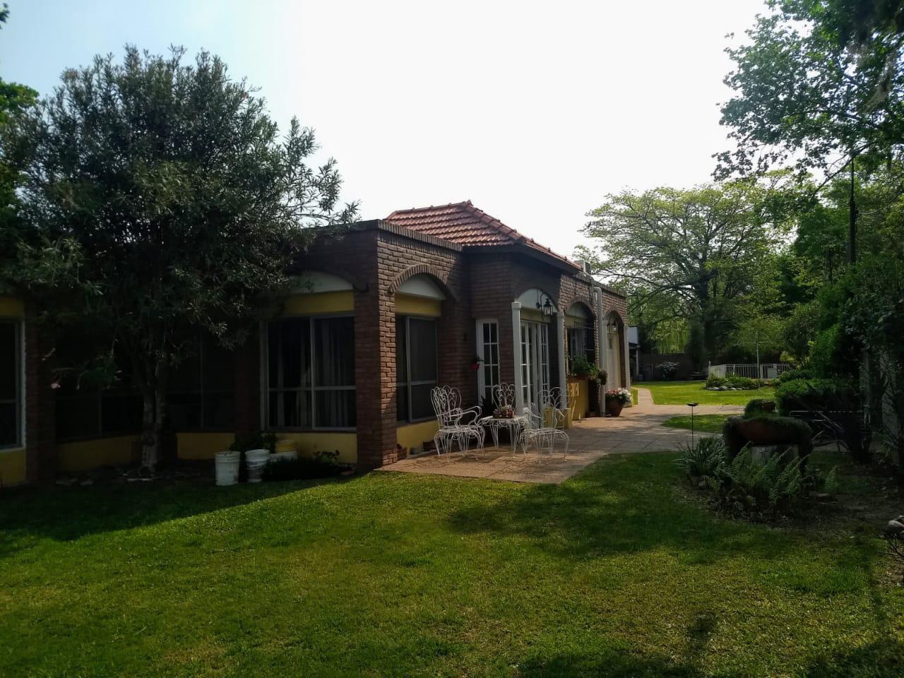 Los Robles al 1200 - Gaggiotti Inmobiliaria cuenta con más de 50 años desde que se inicio en el negocio de los servicios inmobiliarios.
