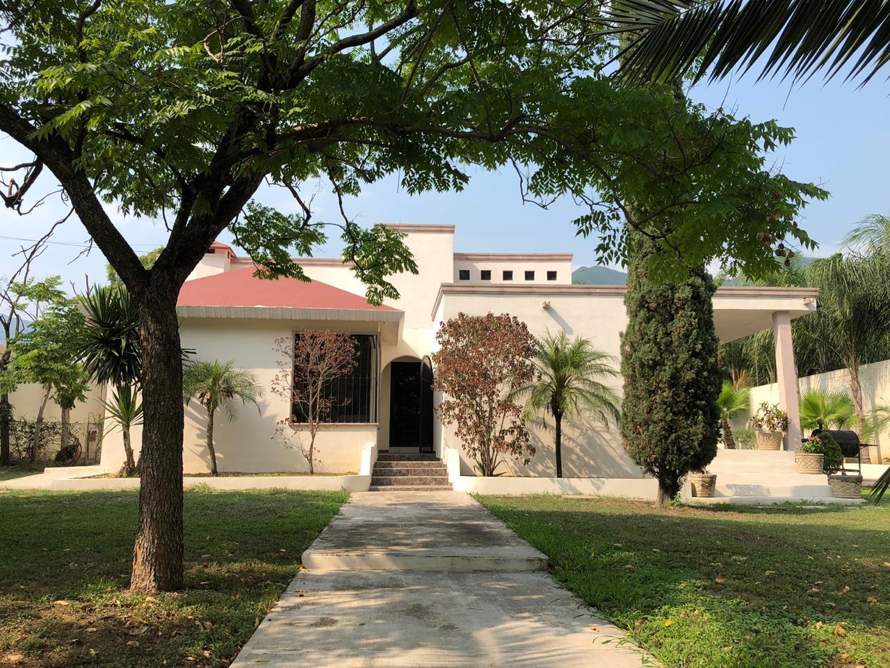 FotoCasa en Venta |  en  Monterrey ,  Nuevo León  Venta Residencia en El Uro, Carretera Nacional Monterrey NL