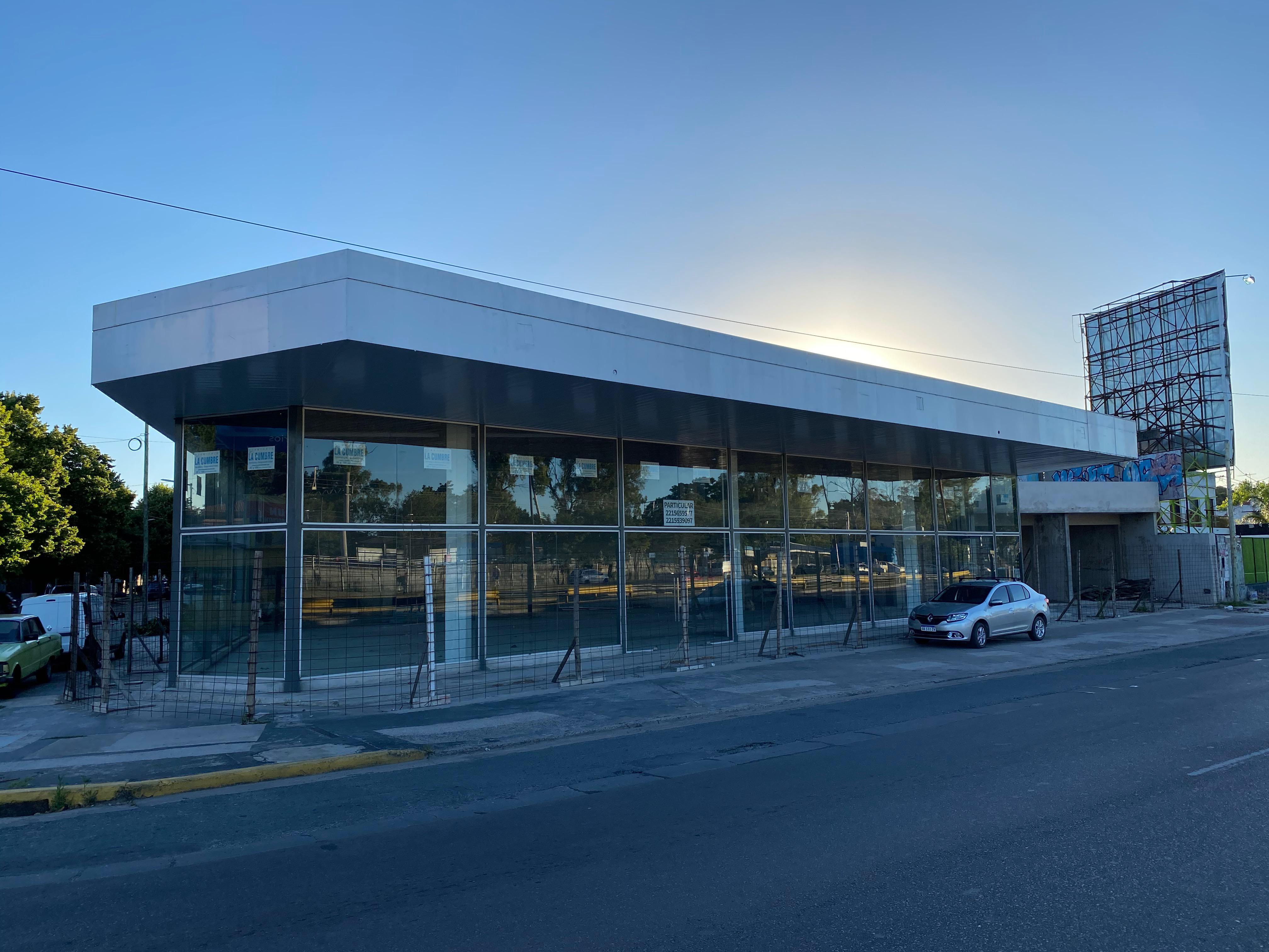 FotoLocal en Alquiler |  en  Manuel B Gonnet,  La Plata  Centenario y 502