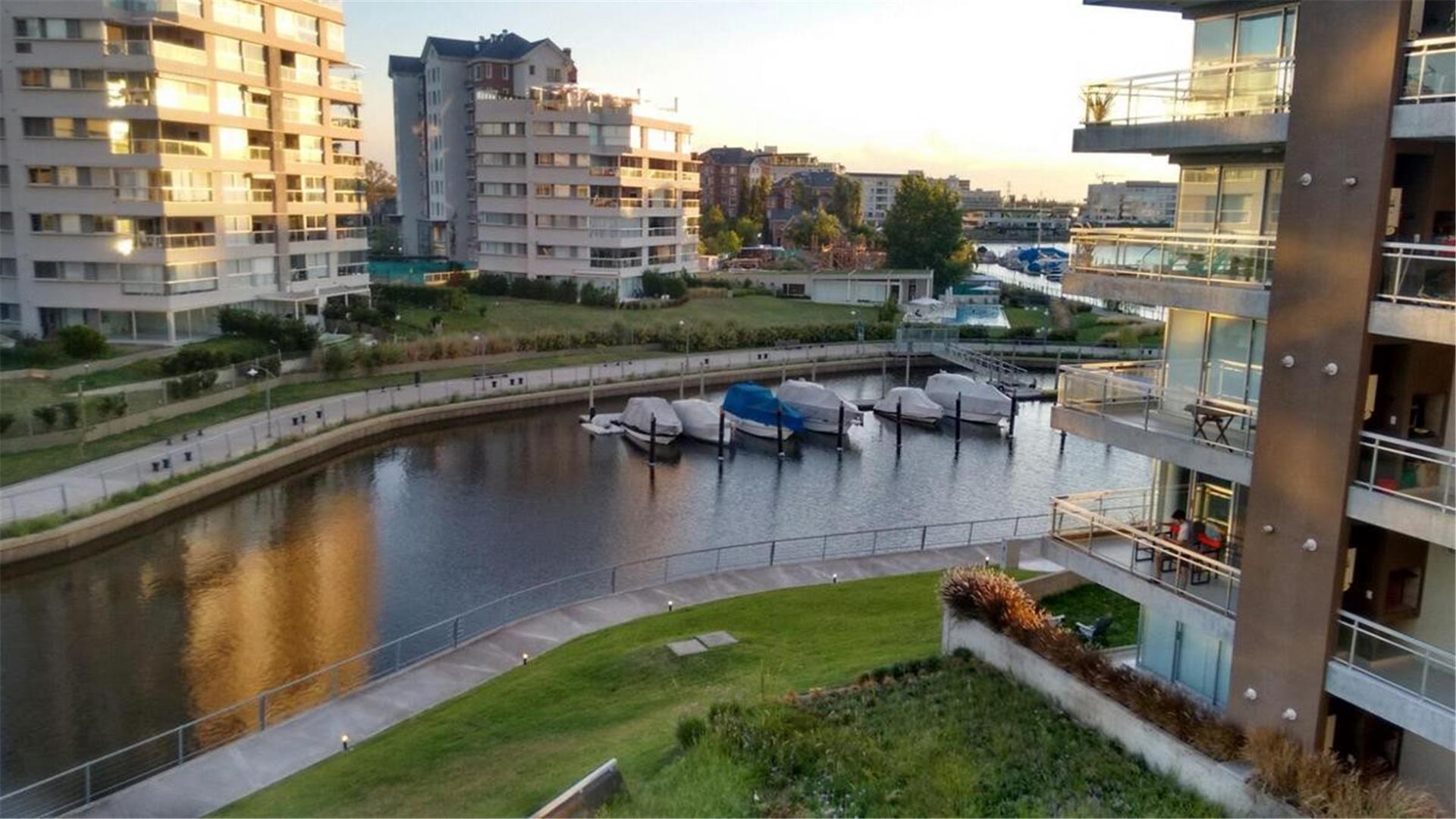 Marinas Del Canal Edificio A 2° al 200
