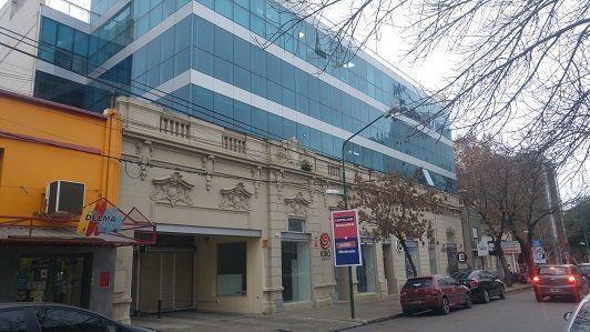Sarmiento 100 - Gaggiotti Inmobiliaria cuenta con más de 50 años desde que se inicio en el negocio de los servicios inmobiliarios.