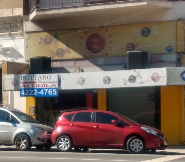 FotoLocal en Alquiler    en  Avellaneda,  Avellaneda  AV. Belgrano 694