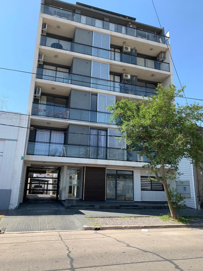 Buenos Aires 557 4º Piso Dpto. 2 - Gaggiotti Inmobiliaria cuenta con más de 50 años desde que se inicio en el negocio de los servicios inmobiliarios.