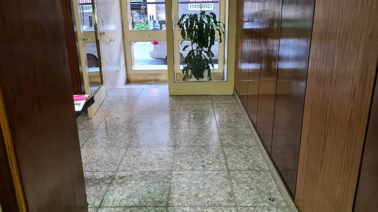 FotoDepartamento en Venta |  en  Avellaneda ,  G.B.A. Zona Sur  Piaggio 27