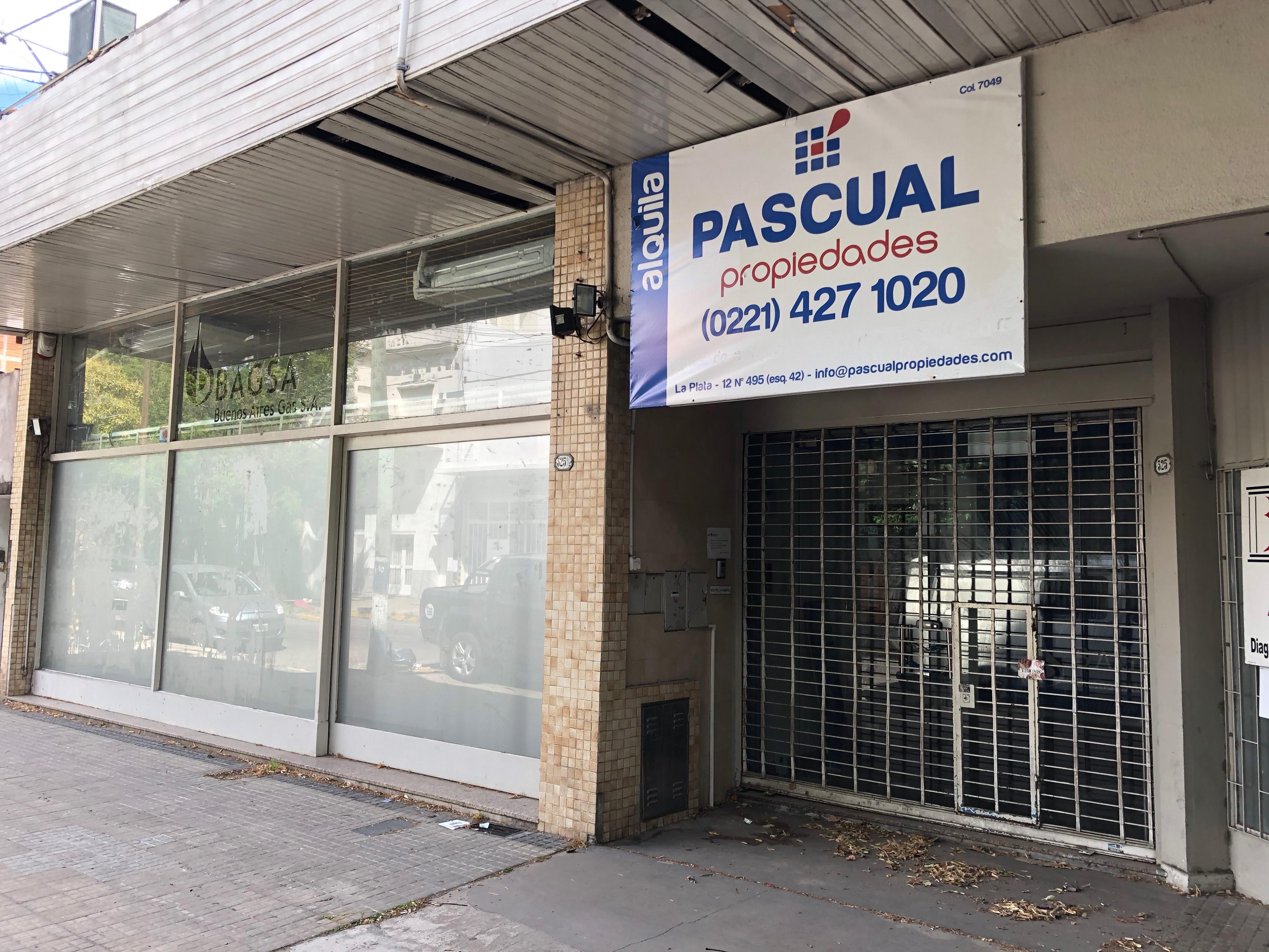 Foto Local en Alquiler |  en  La Plata ,  G.B.A. Zona Sur  9 e/ 38 y 39