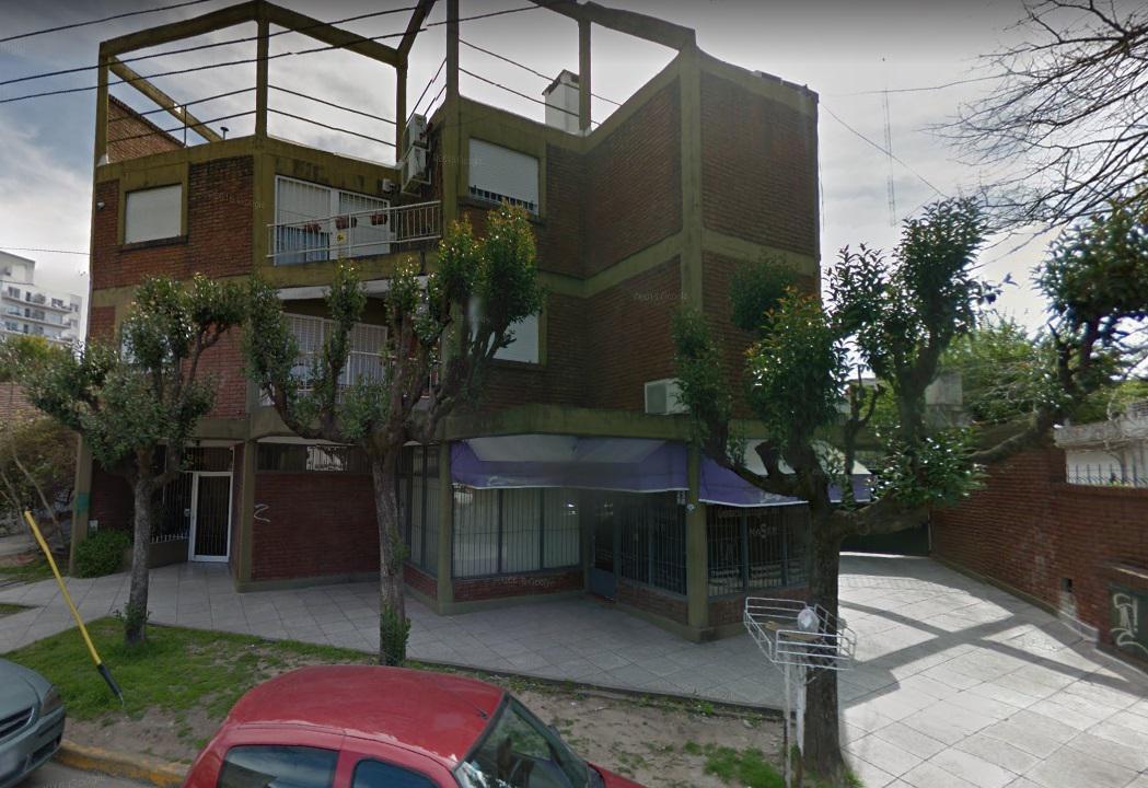FotoDepartamento en Venta    en  Centro (Moreno),  Moreno  Amplio departamento 2 ambientes en Moreno centro