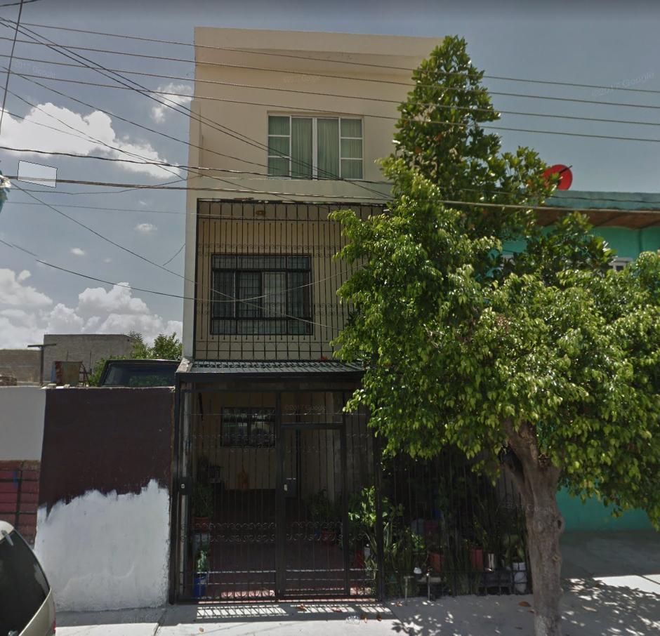 FotoCasa en Venta |  en  Echeverría,  Guadalajara  Oscar Menéndez 2831