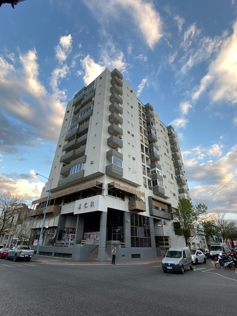 """Edificio Jockey Club- 3º Piso """"A y B"""" - Gaggiotti Inmobiliaria cuenta con más de 50 años desde que se inicio en el negocio de los servicios inmobiliarios."""