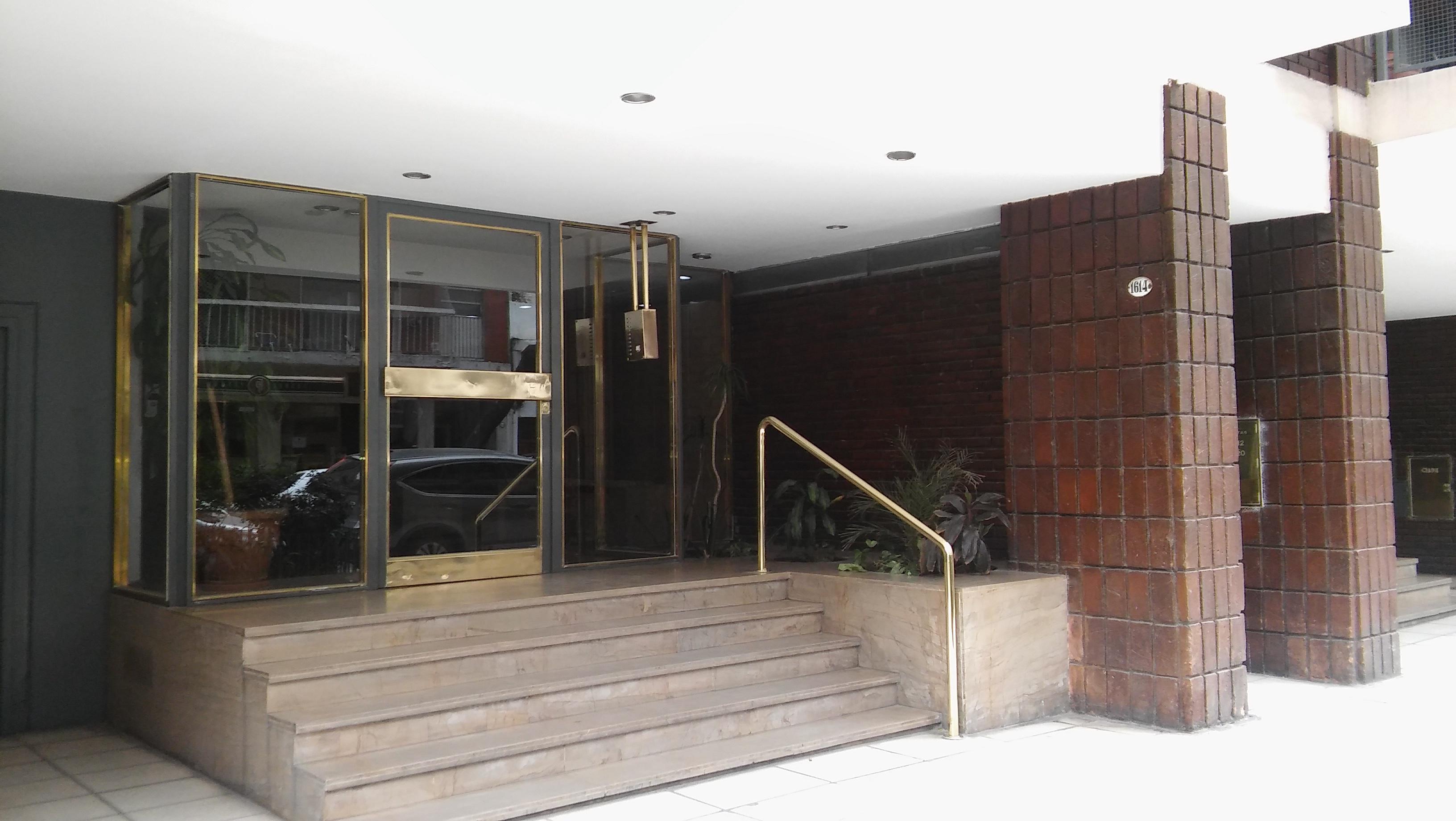 FotoDepartamento en Venta    en  Las Cañitas,  Palermo  Maure al 1600 entre Migueletes y Sdo. de la Independencia