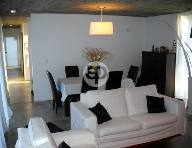 Casa Venta o Alquiler en Punta del Este San Rafael de 3 Dormitorios
