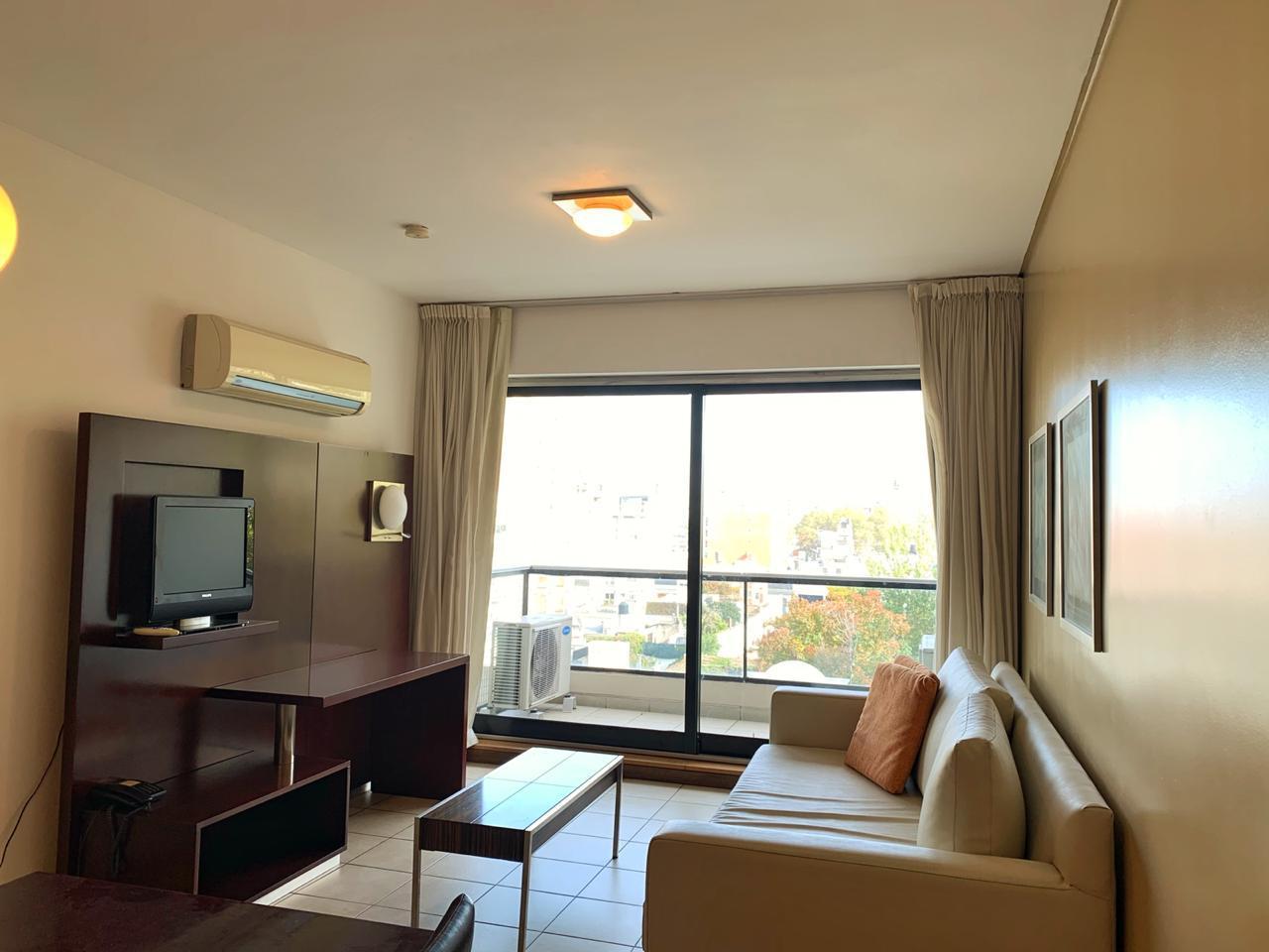FotoDepartamento en Alquiler |  en  Centro,  Rosario  Santiago al 800