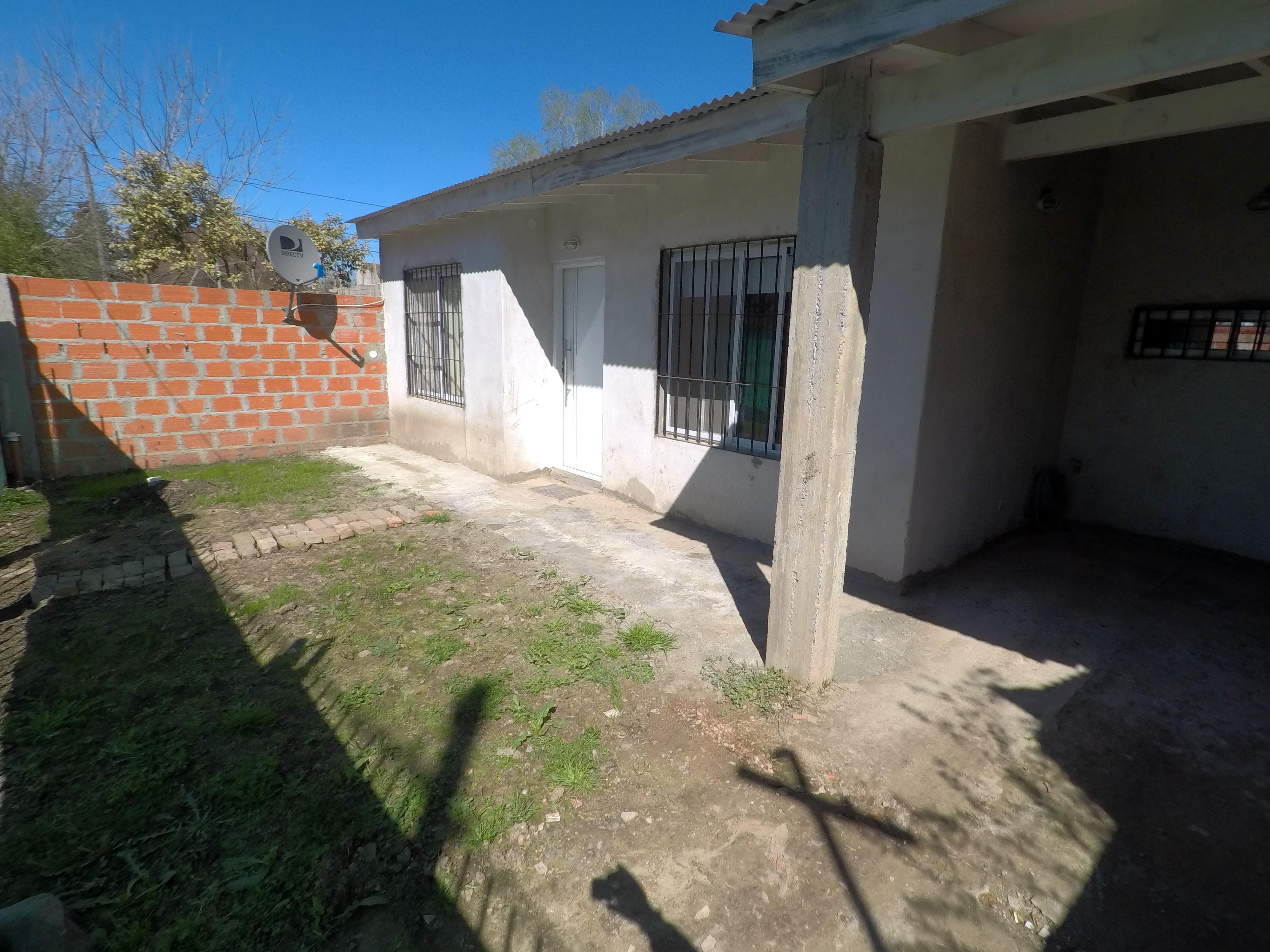 Foto Casa en Venta |  en  Jose Clemente Paz ,  G.B.A. Zona Norte  Felix Iglesias al 3200