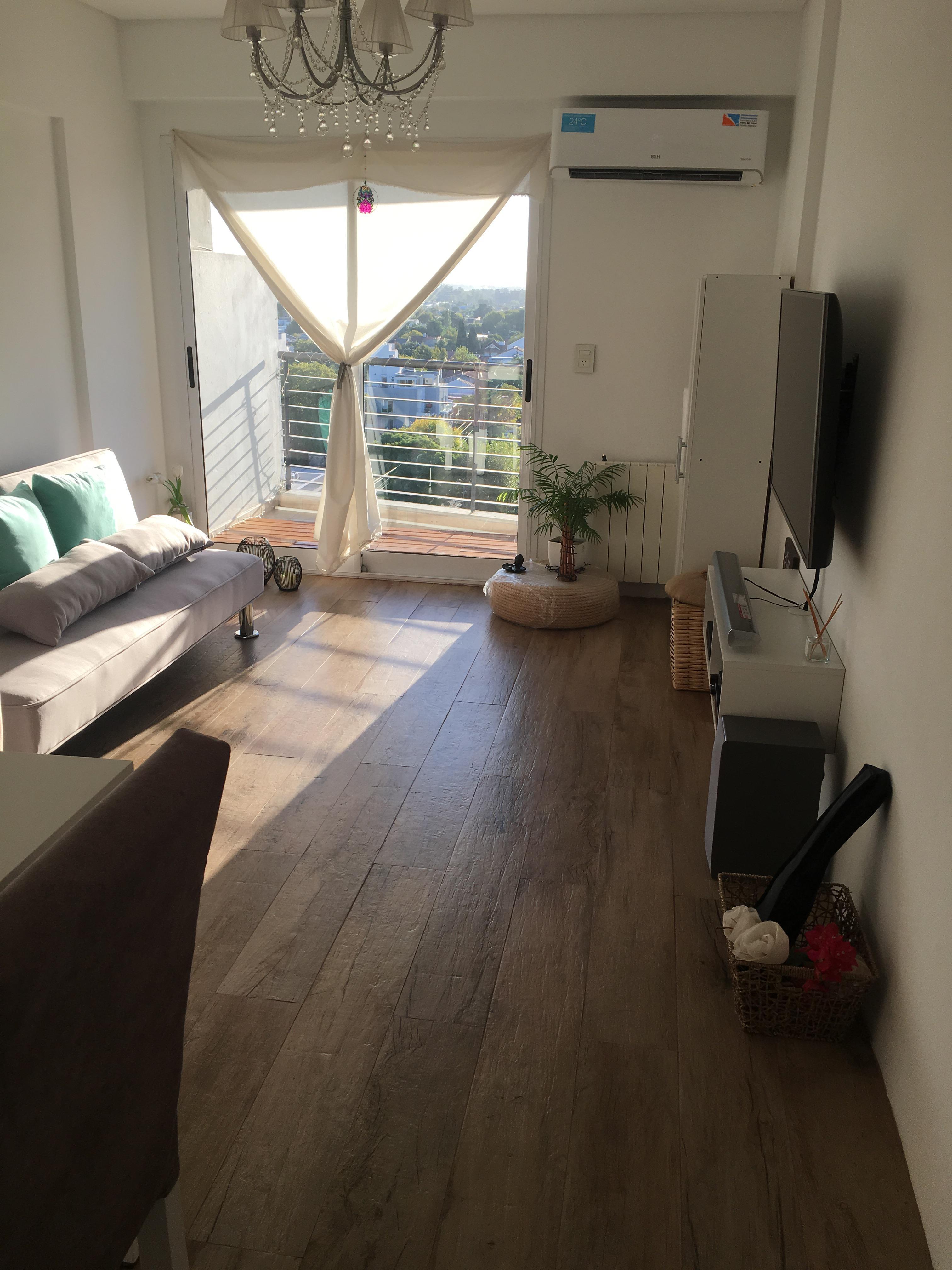 FotoDepartamento en Venta |  en  Lomas de Zamora Oeste,  Lomas De Zamora  SAAVEDRA al 300