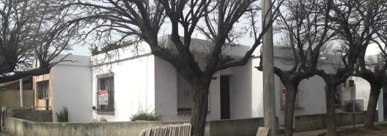Foto Casa en Venta |  en  Villa Alonso,  Santa Rosa  Berutti al 800