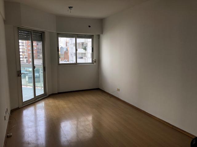 FotoDepartamento en Venta |  en  Centro,  Rosario  Salta al 1200