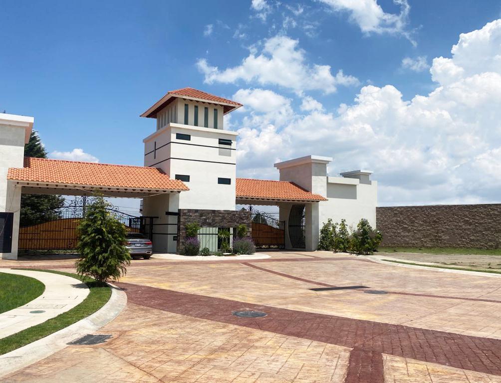 FotoCasa en condominio en Venta |  en  Santa Cruz Ocotitlan,  Metepec  Camino Real a Ocotitlan No.601 Barrio de Santa Cruz Ocotitlan, Metepec, Estado de México