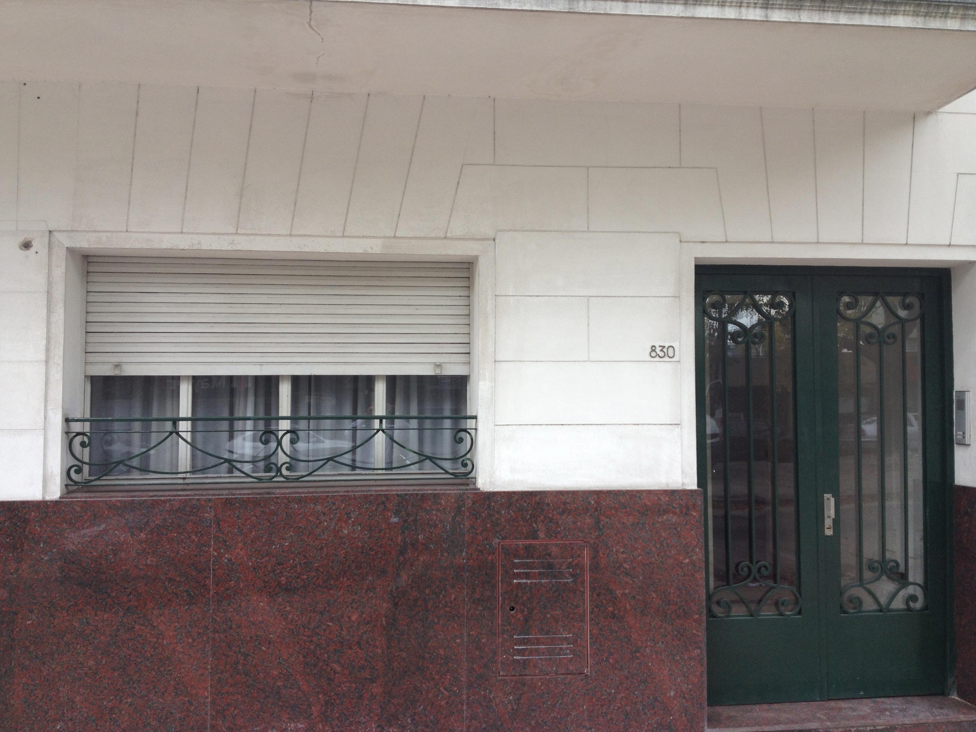 Foto Casa en Venta |  en  La Plata ,  G.B.A. Zona Sur  38 Nº al 800