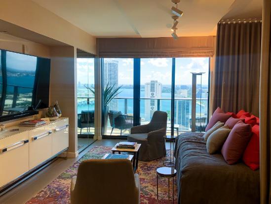FotoDepartamento en Venta    en  Downtown,  Miami-dade  al 1600