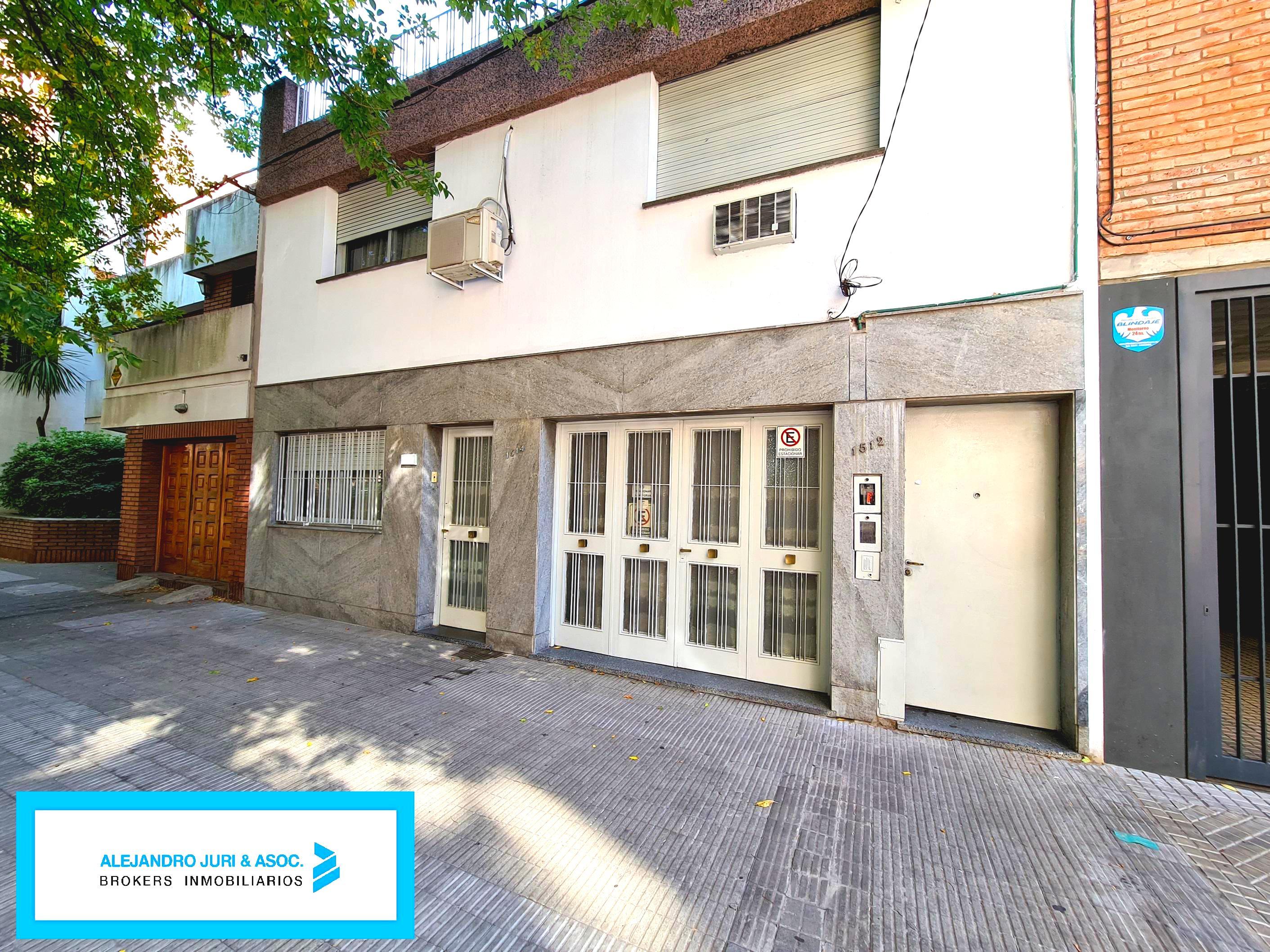 FotoCasa en Venta |  en  Abasto,  Rosario  Riobamba 1514 - Casa 3 Dormitorios Zona Abasto en Venta