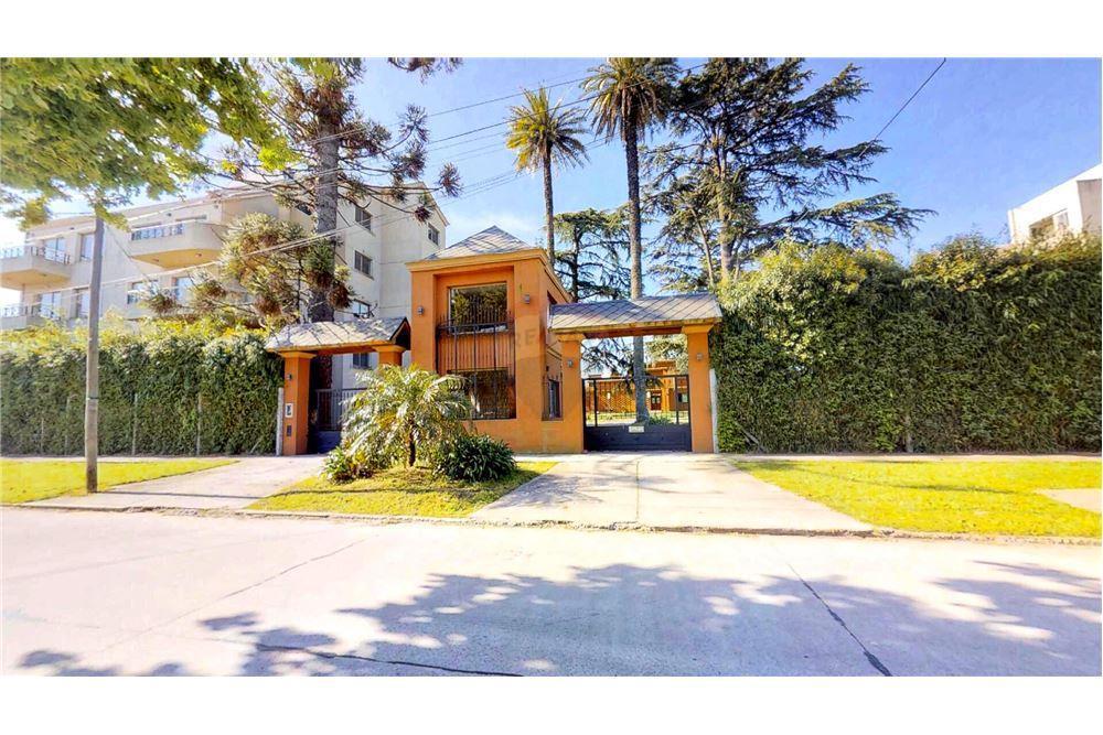 FotoDepartamento en Venta |  en  Centro (Moreno),  Moreno  Condominio Villa Justina