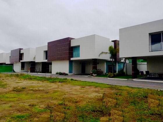 FotoCasa en condominio en Venta    en  Fraccionamiento La Asunción,  Metepec  Casa Nueva en Venta Status Residencial Metepec