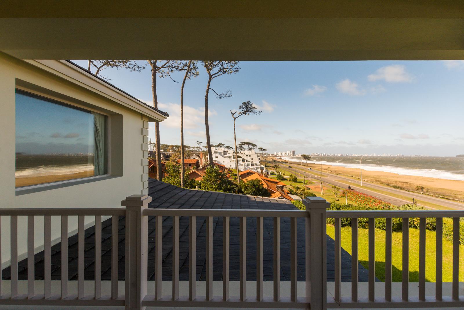 Casa en Venta en Punta del Este Playa Mansa de 8 Dormitorios