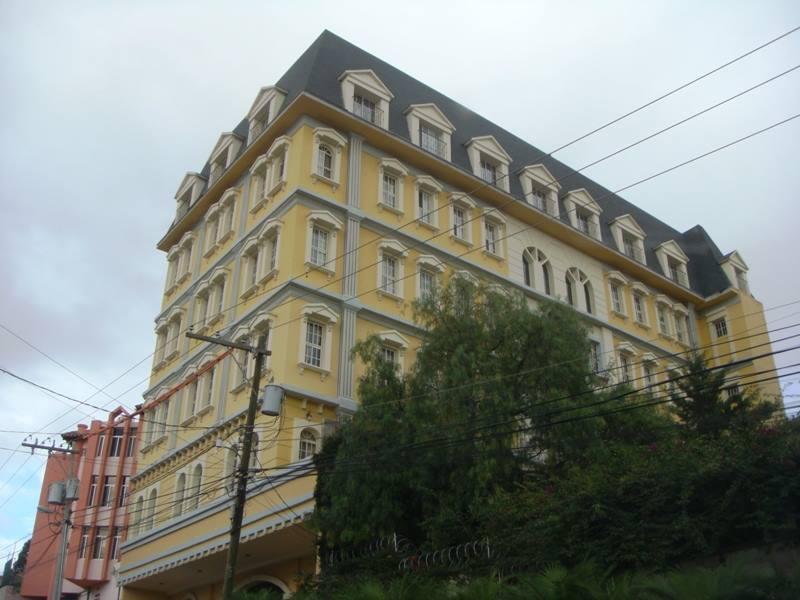 FotoDepartamento en Renta |  en  Las Lomas del Guijarro,  Distrito Central           APARTAMENTO COMPLETAMENTE AMUEBLADO EDIFICIO PARÍS TEGUCIGALPA HONDURAS