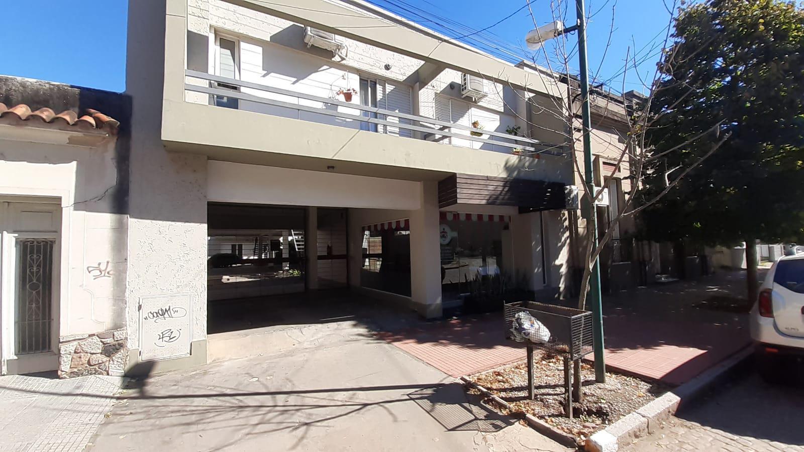 Tucumán 161 Depto. 6 y Cochera 1 - Gaggiotti Inmobiliaria cuenta con más de 50 años desde que se inicio en el negocio de los servicios inmobiliarios.