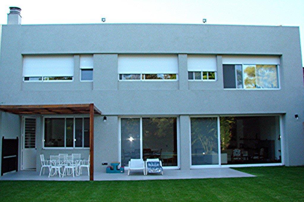 Foto Casa en Venta |  en  Olivos,  Vicente Lopez  RIOJA al 2200