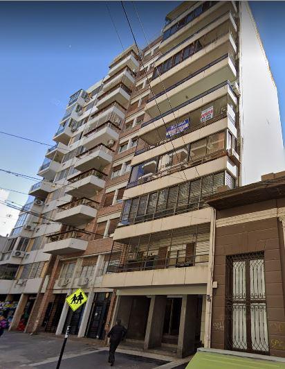 FotoDepartamento en Venta |  en  Martin,  Rosario  Departamento 3 Dormitorios + Comodín con Cochera Zona Monumento a la Bandera