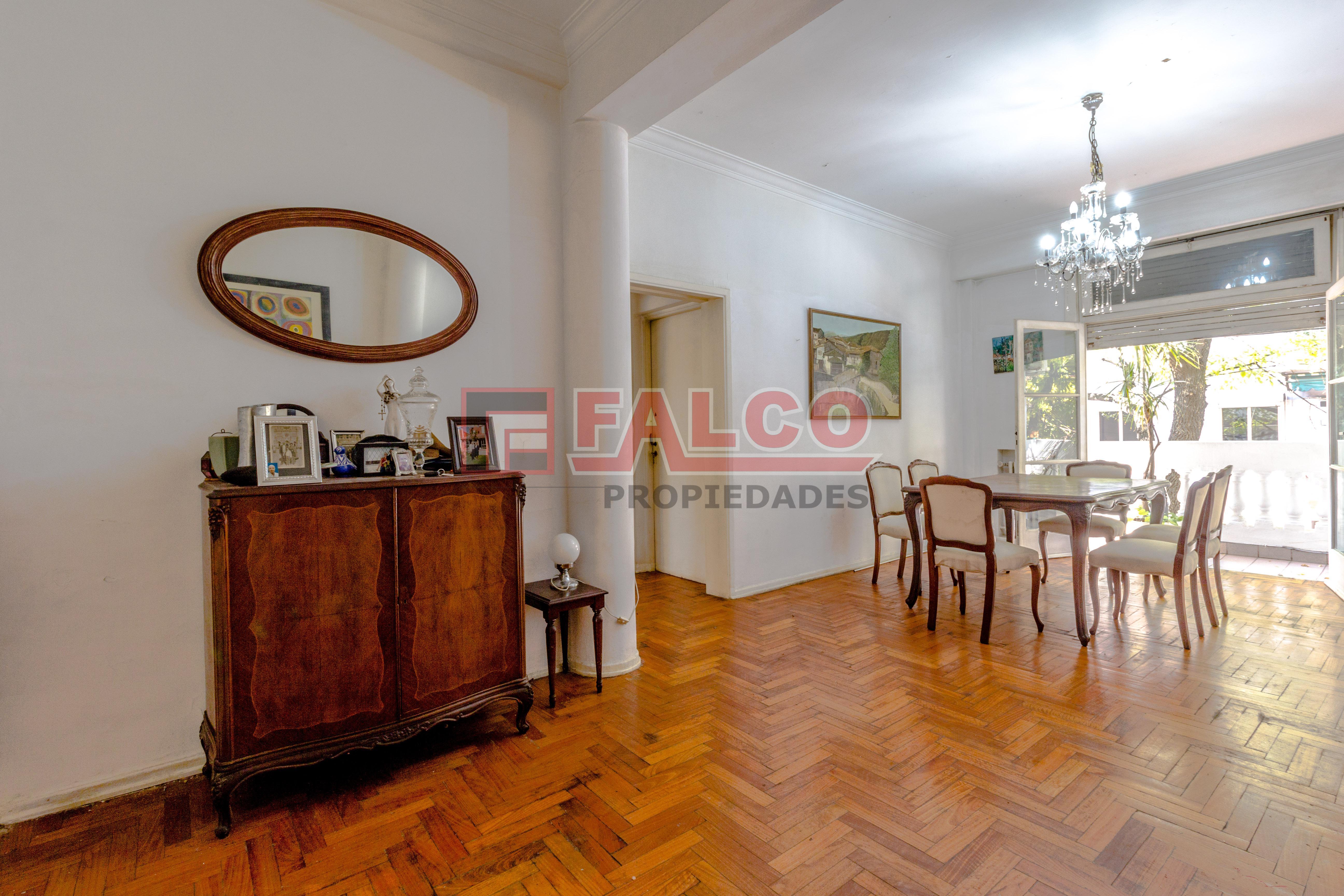 FotoDepartamento en Venta |  en  Flores ,  Capital Federal  Curapaligue al 100