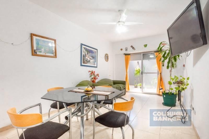 FotoDepartamento en Venta |  en  Santos Lugares,  Tres De Febrero  Alpatacal al 3500