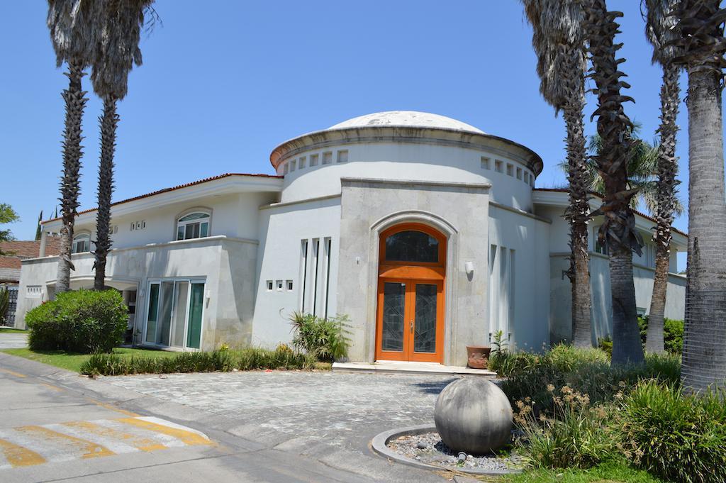 FotoCasa en Venta |  en  Fraccionamiento Club de Golf Santa Anita,  Tlajomulco de Zúñiga  Paseo de los Naranjos 455