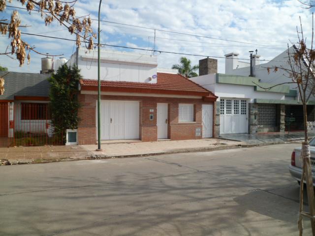 A. Castellanos al 200 - Gaggiotti Inmobiliaria cuenta con más de 50 años desde que se inicio en el negocio de los servicios inmobiliarios.