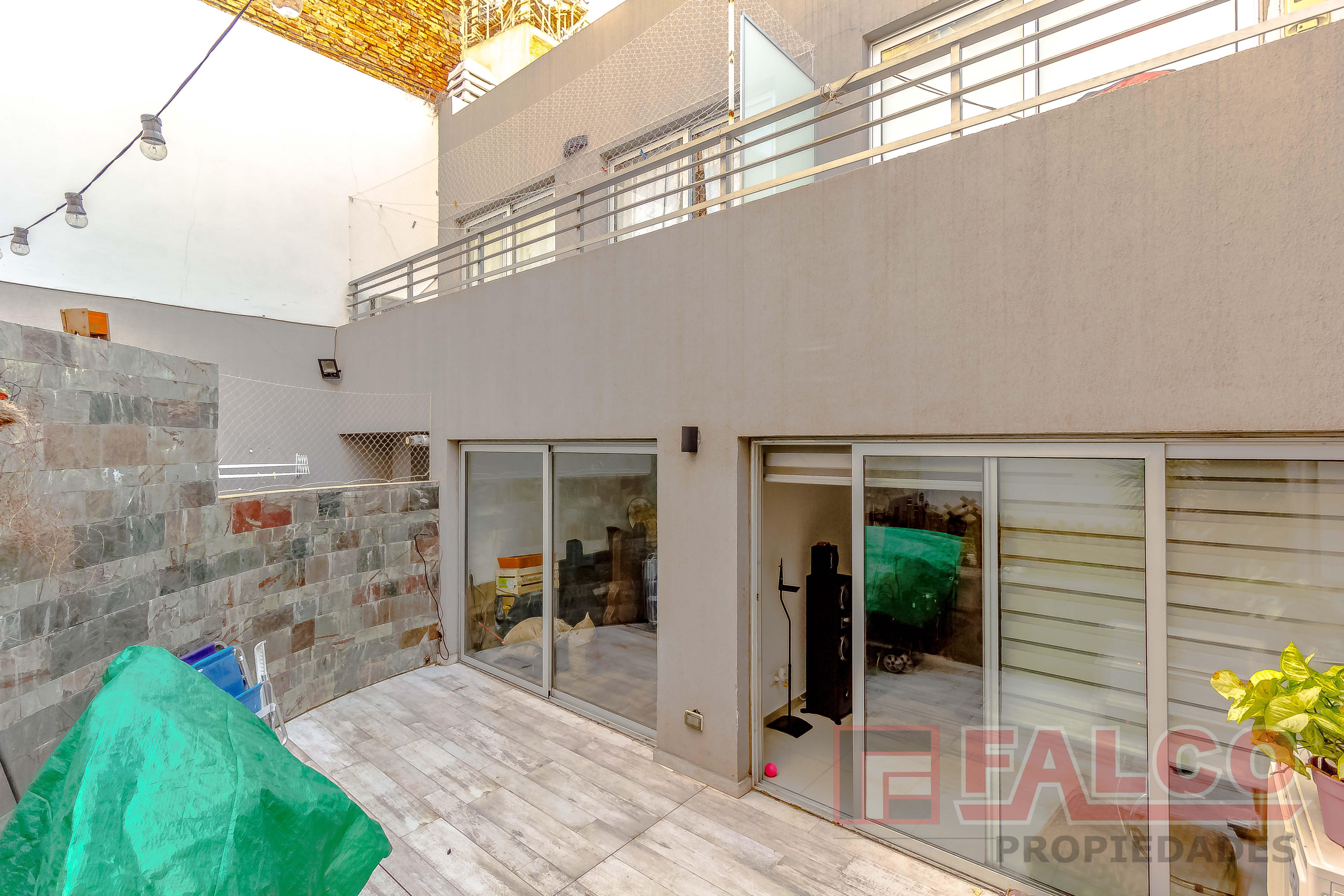 FotoDepartamento en Venta |  en  Caballito ,  Capital Federal  Directorio al 1600