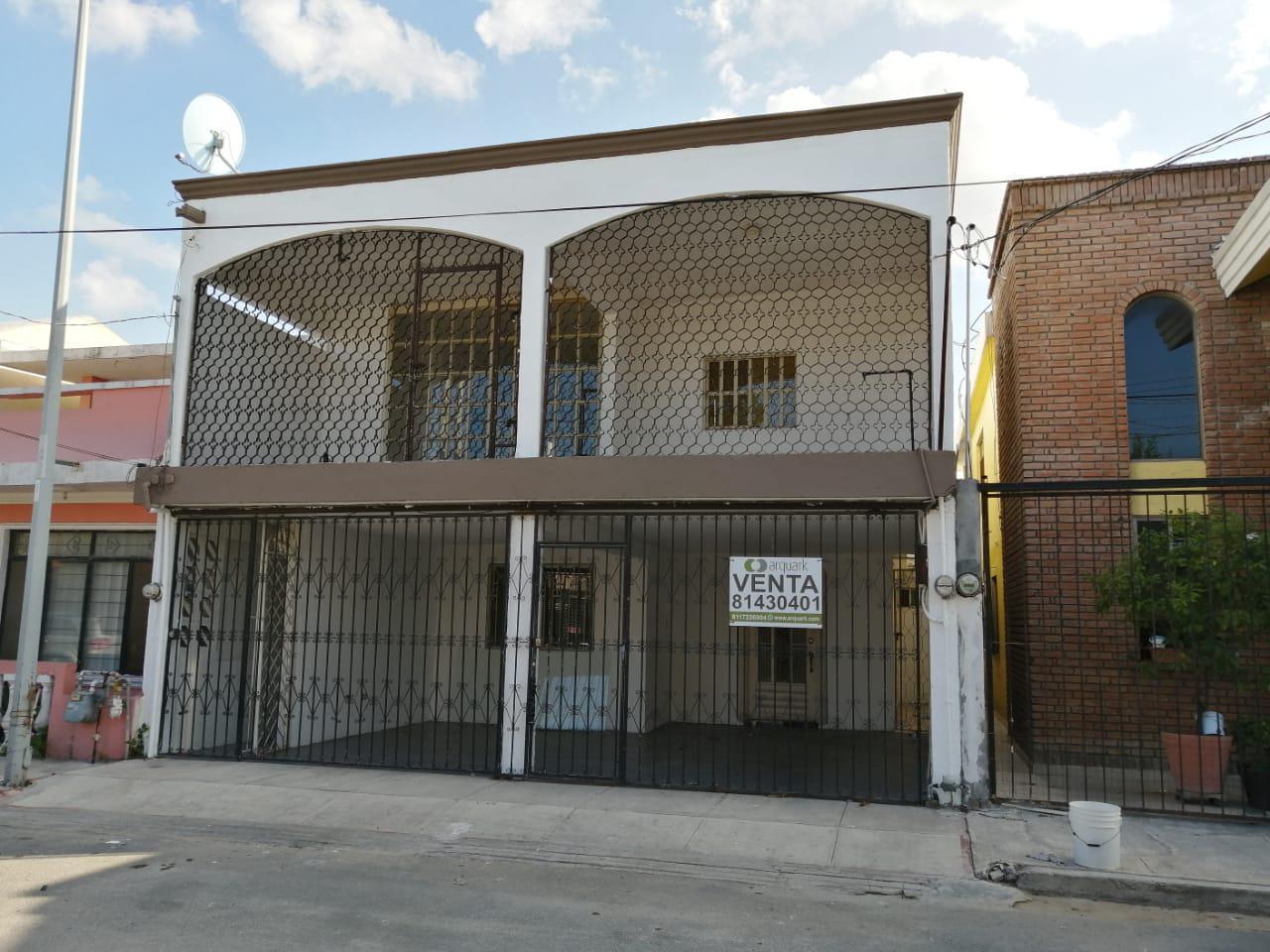 FotoCasa en Venta |  en  Las Puentes,  San Nicolás de los Garza  Casa Oportunidad  en Puentes 3er Sector, a 2 cuadras de arboledas, por Tec Milenio.